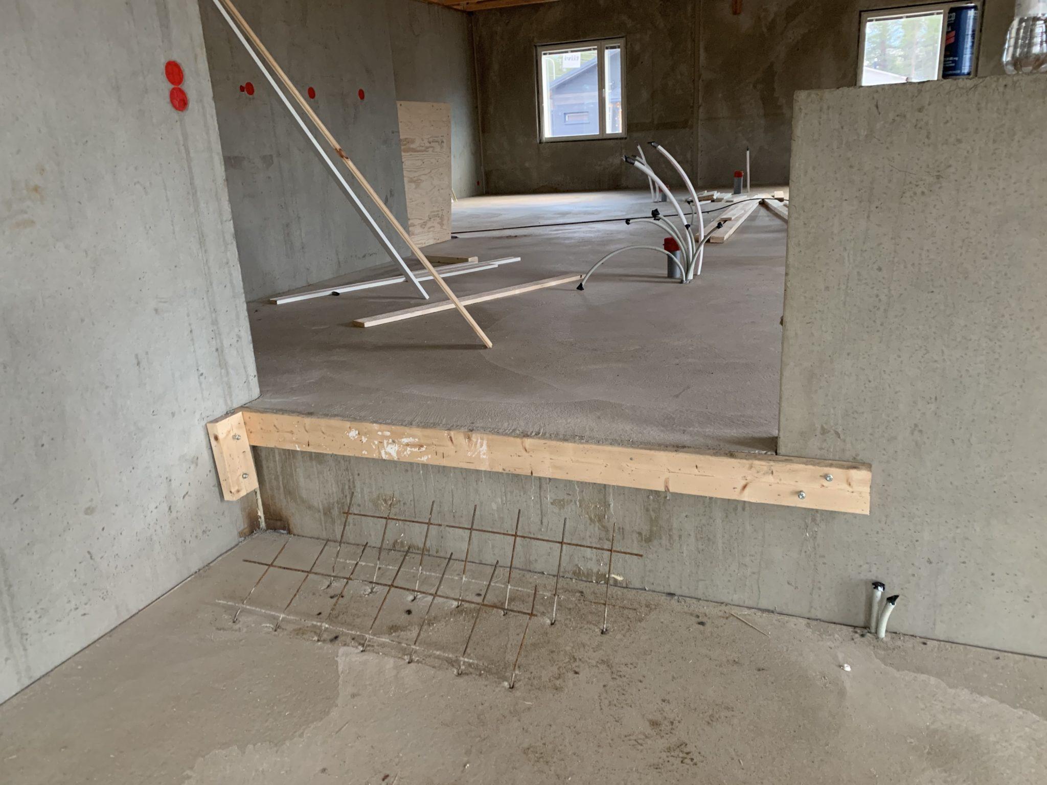 kivitalo betonilattia lattiavalu lattian liippaus